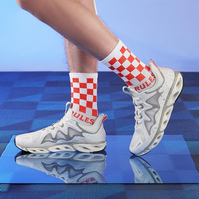 特步 【减震旋科技】男子跑鞋 20年新款网面透气舒适大底防滑耐磨运动跑鞋880219110039