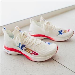 【騛速160X】特步 专柜款 女子跑鞋 20年新款专业马拉松动力巢科技运动鞋980318110683