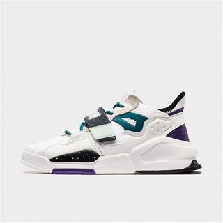 特步 专柜款 男子板鞋 都市潮流活力时尚新款网面透气休闲板鞋980319316707