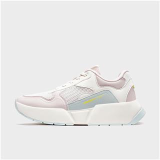 特步 女子休闲鞋 20年新款透气网面柔软舒适运动鞋 880318326007