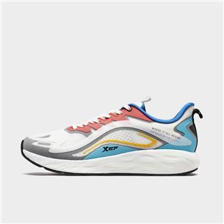 特步 专柜款 男子跑鞋 新款动力巢科技透气运动鞋980319110781
