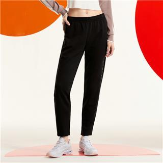 特步 女子长裤 新款休闲时尚运动直筒百搭针织长裤880328630060