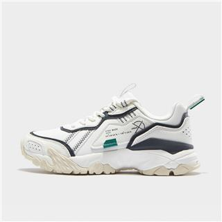 特步 专柜款 女子都市鞋 20年新款秋季流行舒适休闲鞋980318393221