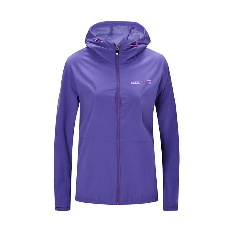 特步 专柜款 女士保暖风衣 新款连帽外套980328160454