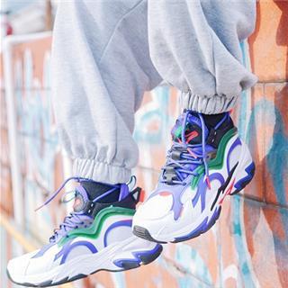 【小丑联名款】特步 女子休闲鞋 20年新款 街头潮流运动鞋老爹鞋980318320630