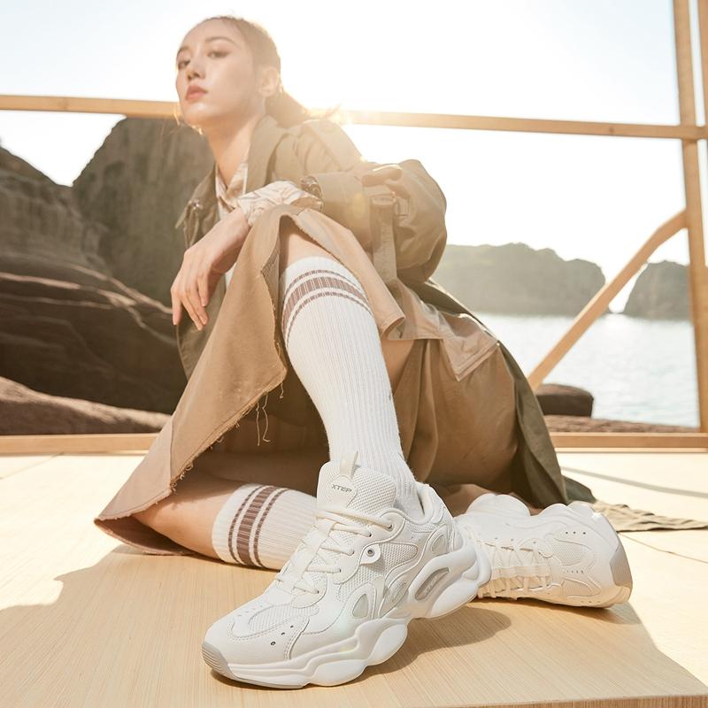 【山海系列】特步 女子休闲鞋 新款 都市百搭时尚运动老爹鞋880418320010
