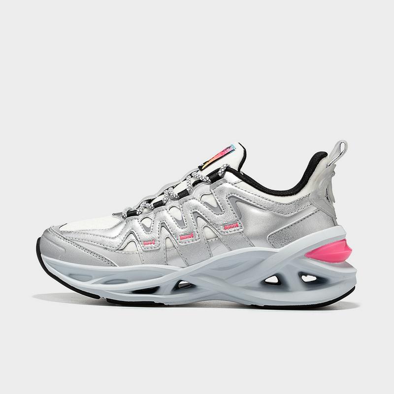 【厚底减震旋】特步 女子跑鞋 20年新款Yamy同款舒适百搭厚底减震旋运动鞋880418116583