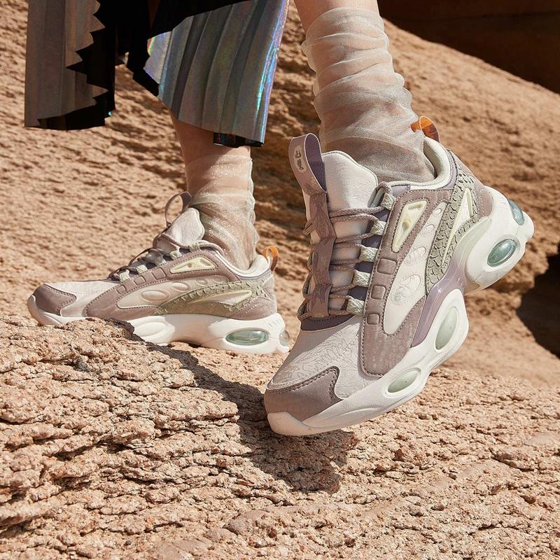 【山海系列】特步 女子休闲鞋 新款厚底气垫老爹鞋880418326680