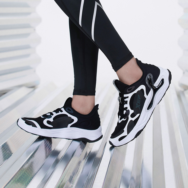 【氢云科技】特步 男子跑鞋 20年新款网面透气舒适大底缓震运动跑步鞋880219115332