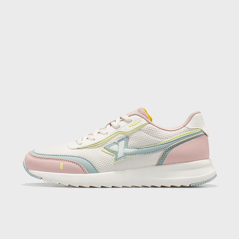 特步 女子休闲鞋 21年新款 网面跑步运动休闲鞋879118327058