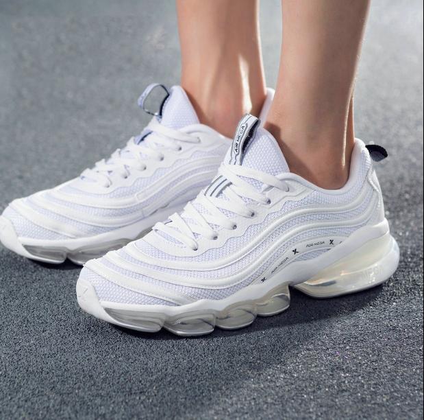 【气能环科技】特步 男跑鞋 网面透气全掌气垫鞋881219119562