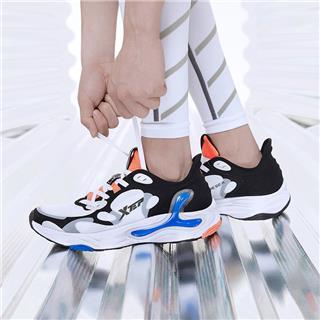 【氢云科技】男子跑鞋 新款网面透气舒适大底缓震运动跑步鞋880219115332
