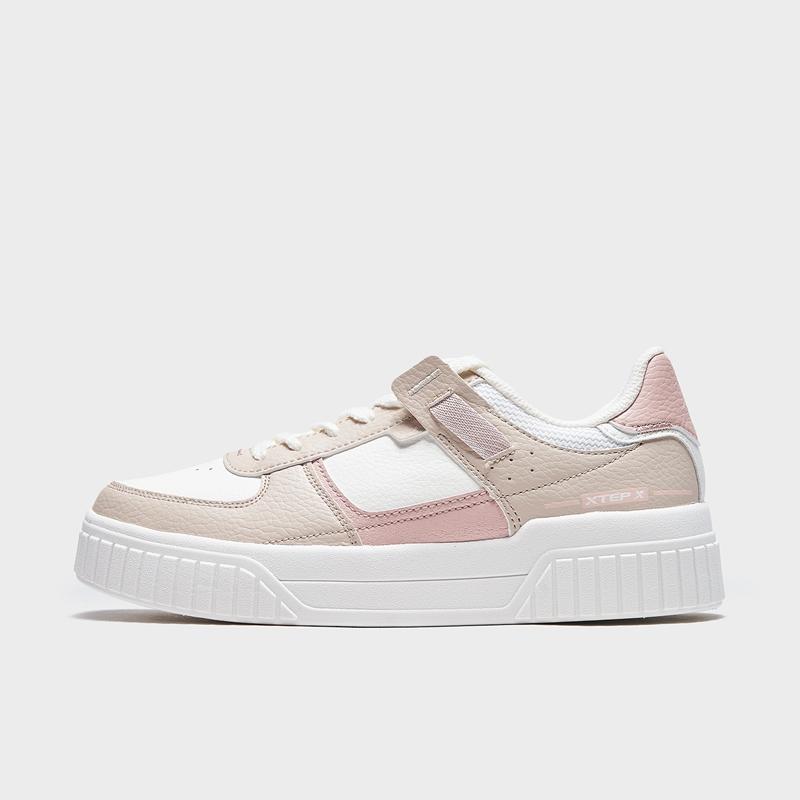特步 专柜款 女子板鞋 21年春季新款 简约休闲百搭板鞋979118316866