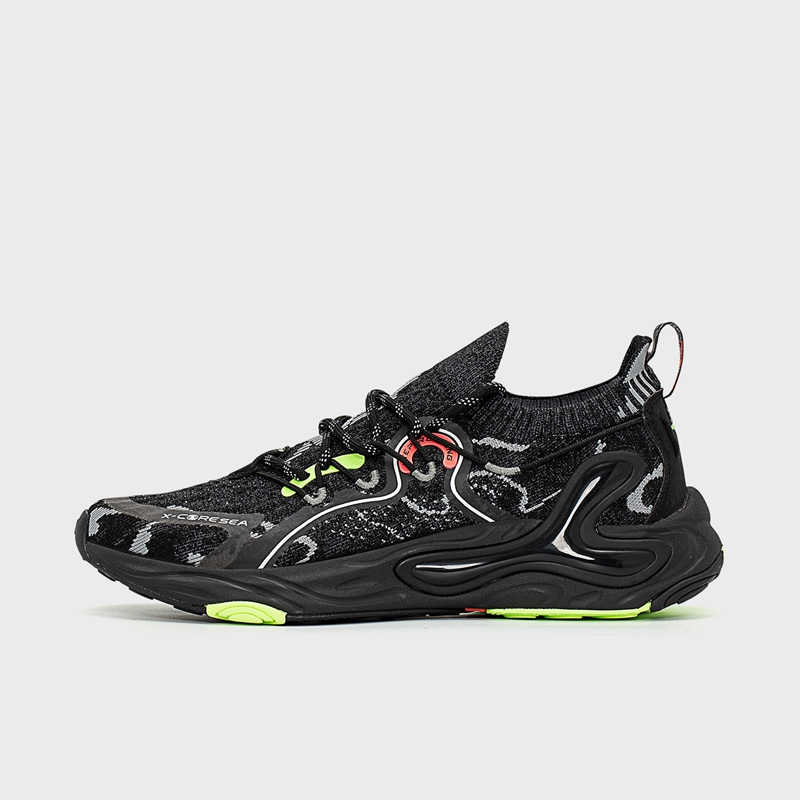 【氢云科技21年】男子跑鞋 21年新款 轻便透气休闲潮流运动鞋879119110106