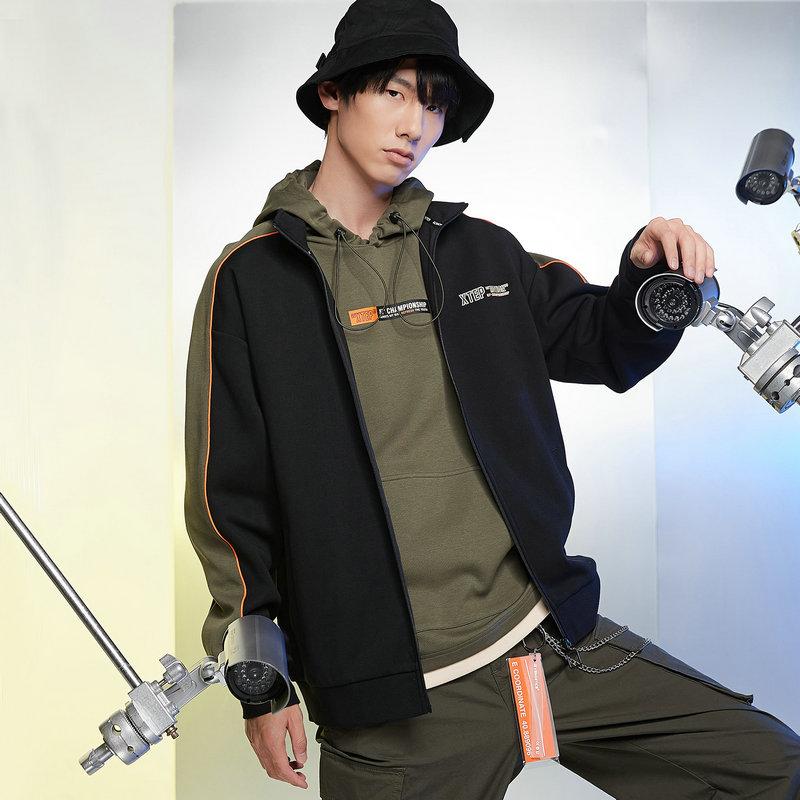 特步 男子针织上衣 21年新款 都市时尚立领夹克外套879129060197