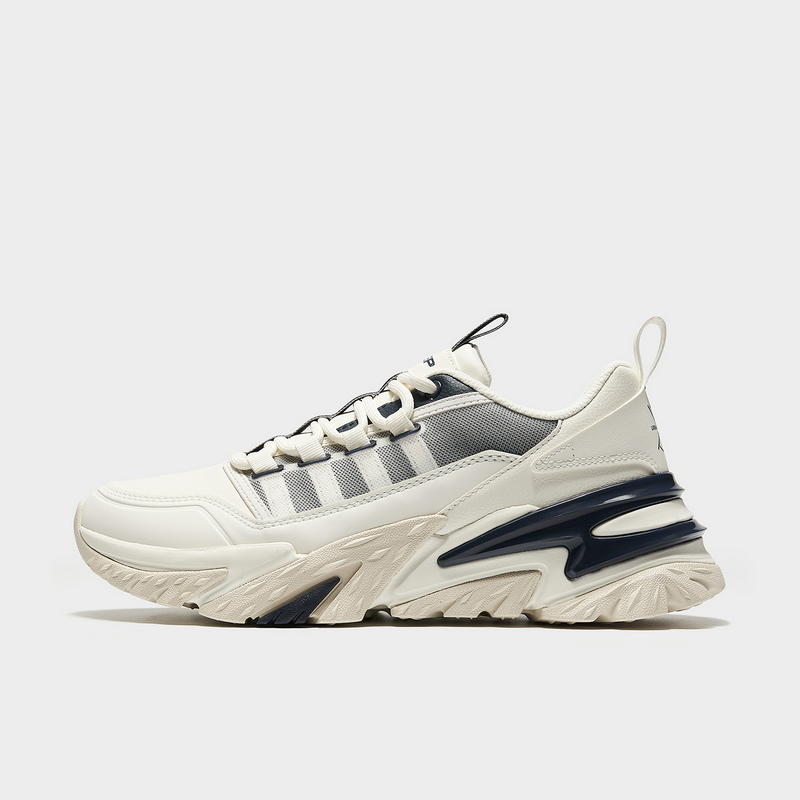 特步 专柜款 男子都市鞋 21年新款 革面厚底潮流老爹鞋979119393272