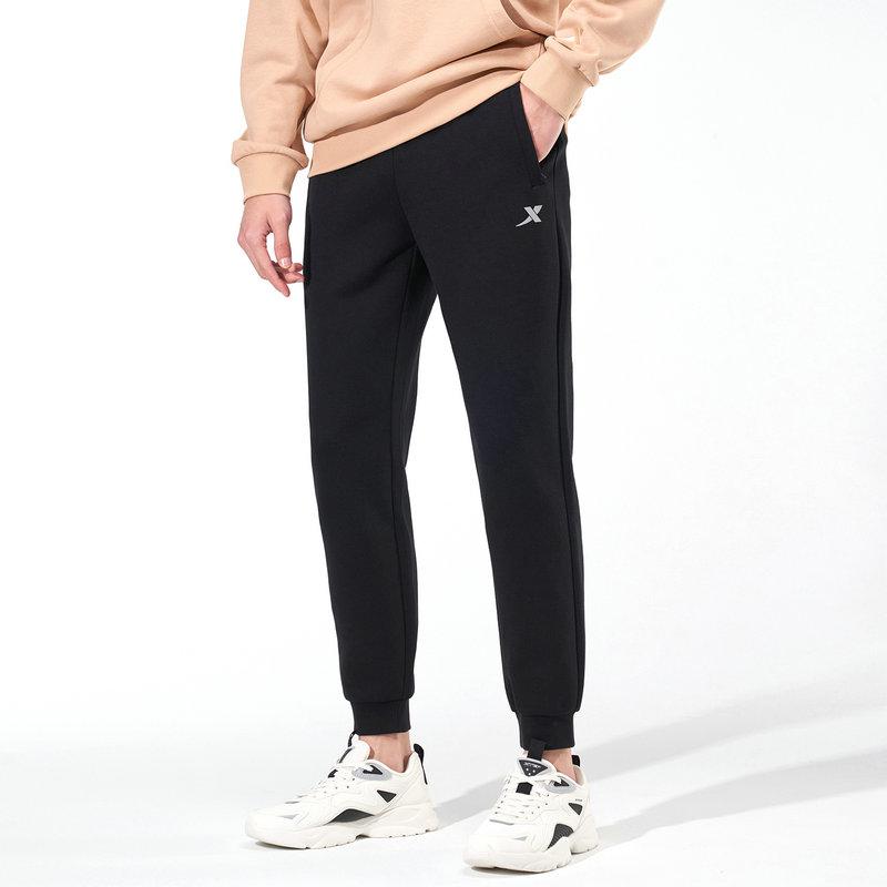 特步 专柜款 男子跑步运动新款时尚百搭针织长裤979129630174