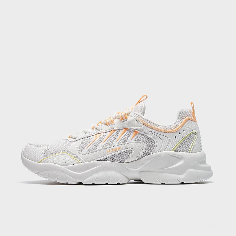 特步 专柜款 女子休闲鞋 21年新款 潮流网面运动鞋979218320803