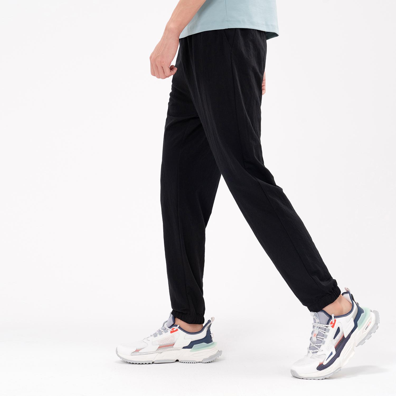 特步 专柜款 男子针织长裤 21年新款 夏季新款运动时尚百搭长裤979229630514