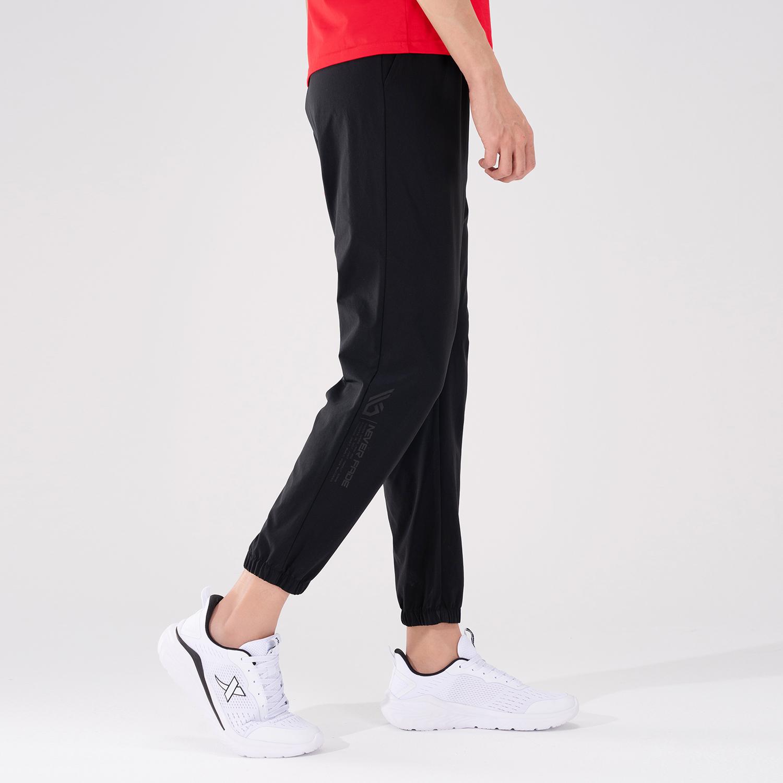 特步 专柜款 男子梭织运动长裤 21年新款 夏季新款运动跑步休闲长裤 979229980289