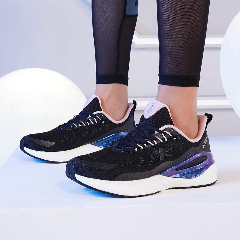 【动力巢】特步 女子跑鞋 21年新款 运动减震舒适跑步女跑鞋879318110046