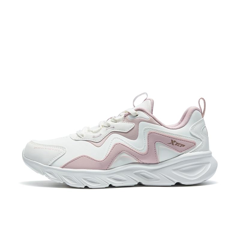 特步 专柜款 女子跑鞋 时尚舒适透气女子跑鞋运动鞋979318110228