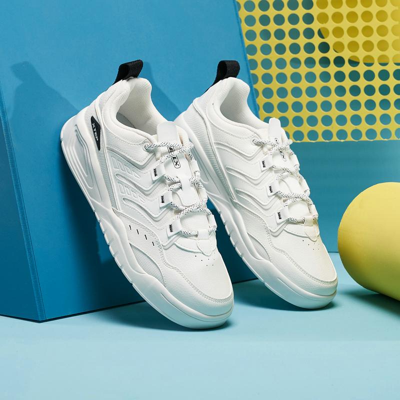 专柜款 男子户外鞋 21年新款 舒适运动男子户外鞋板鞋979319310038