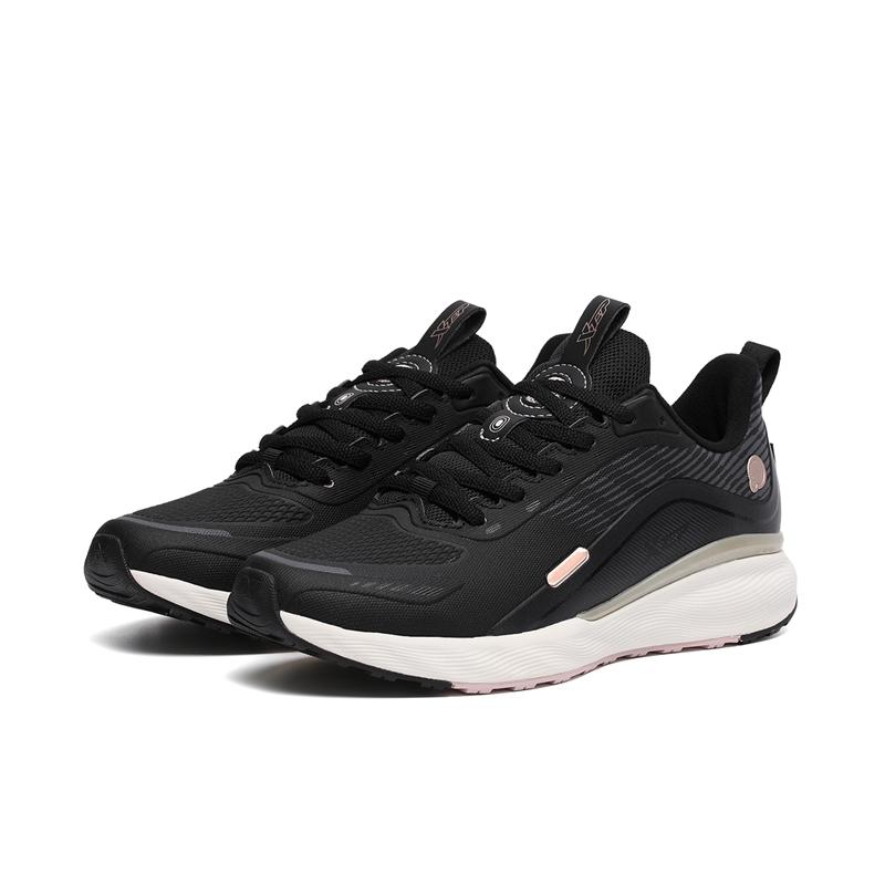 专柜款 女子跑鞋 21年新款秋冬革面防滑增高运动鞋 979418110053